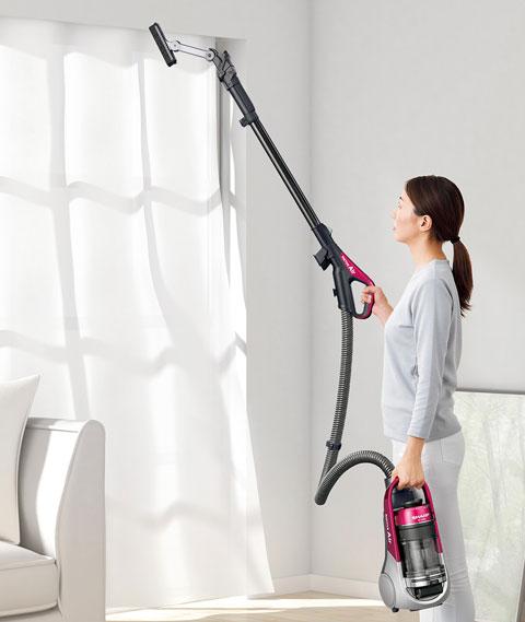 持ち運びできるので高い所の掃除も楽々なEC-AS510